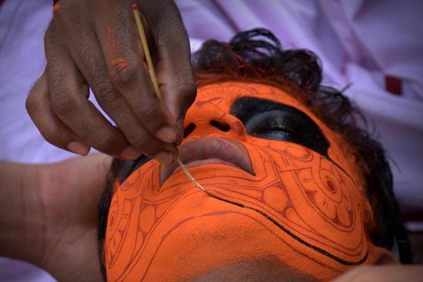 Theyyam 002